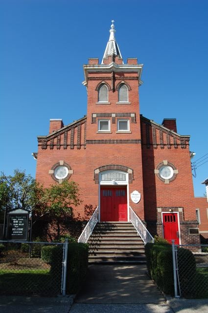 THE Magyar United Church of Christ